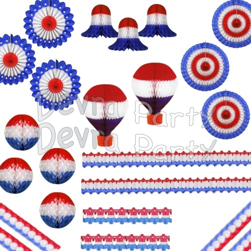 Deluxe Patriotic Red White and Blue Party Kit (26 pieces)